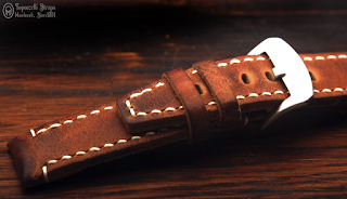 100% handcrafted strap, made of veg. tan. cow hide. 22/22 mm lugs/buckle. Also available in 24 and 20 mm width on order. 120/75 mm  - M size.
