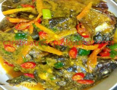 cara membuat acar ikan mas bumbu kuning pedas resep