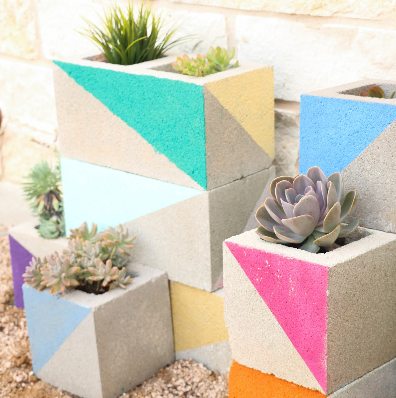 d%2Bcinderblock%2Bplanter%2B3 25 Stunning Planter Concrete Blocks Alternatives to Transform Your Backyard And That Are All Your Front Porch Needs Interior