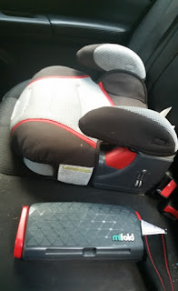 mifold Grab-and-Go Car Booster Seat width