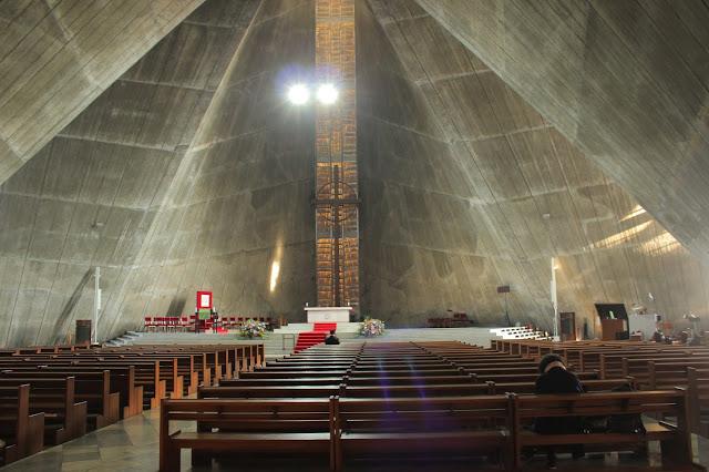 一度は見て欲しい建築。丹下健三のカテドラル大聖堂を360°写真で撮影【a】