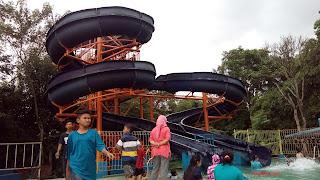 kolam renang dan water boom kgl lemhabang wadas