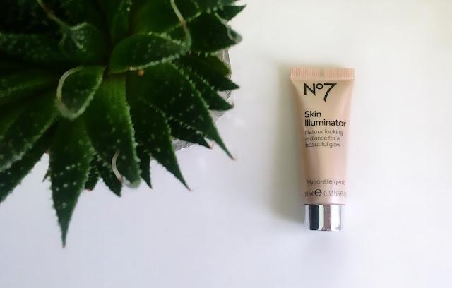 NO7-Skin-Illuminator