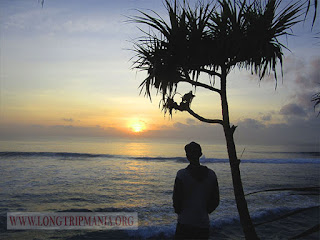 Pesona Matahari Terbit Di Pantai Nusa Dua Bali