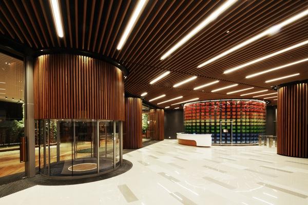 office building lobby interior design
