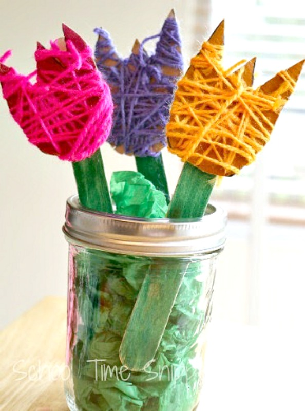 yarn wrapped flowers