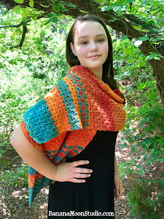 Free crochet pattern for a wrap or shawl, by April Garwood of Banana Moon Studio