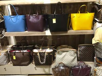 Borse contraffatte di Louis Vuitton a Istanbul