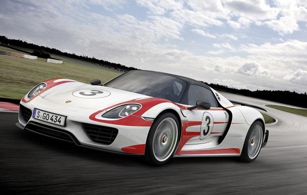Ficha Técnica: Porsche 918 Spyder Weissach Package