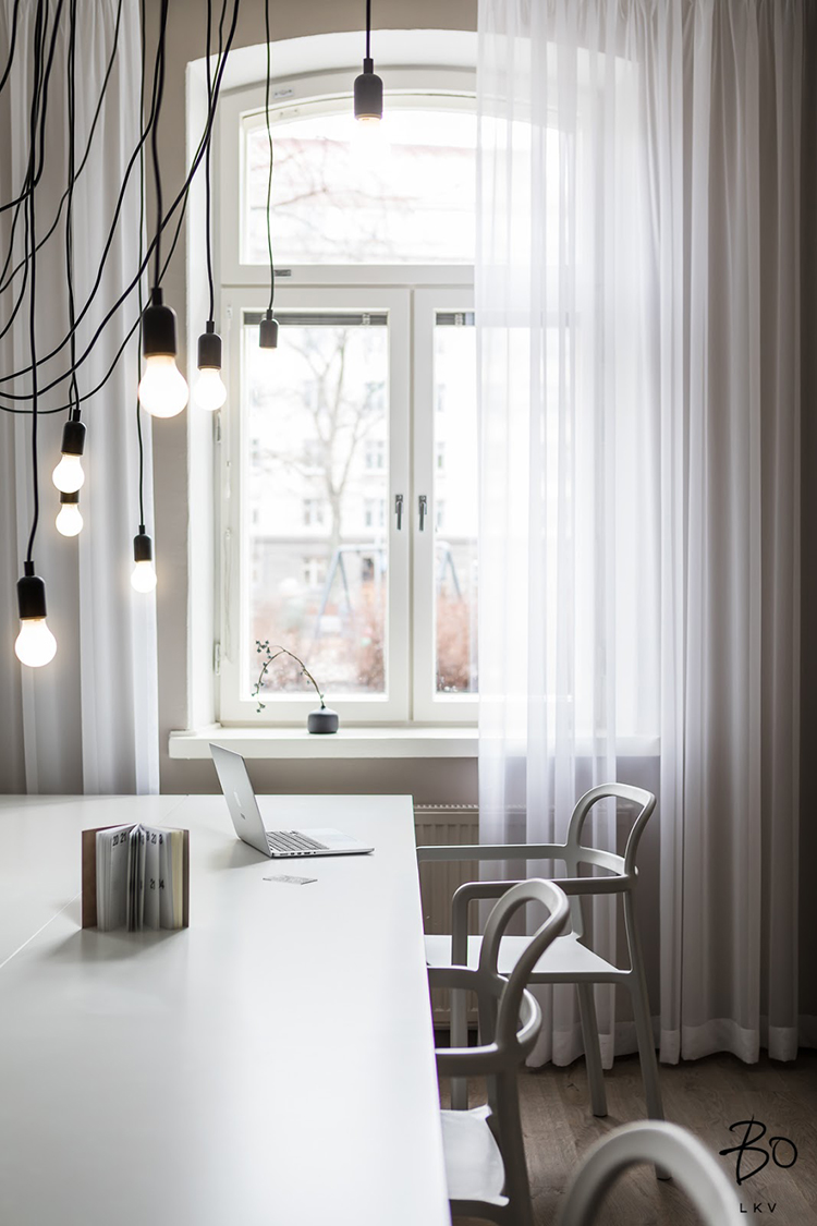 Contemporary scandinavian office design by Peeta Peltola