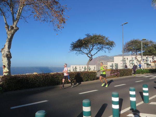 http://laufspass.com/laufberichte/2016/funchal-marathon-2016.htm