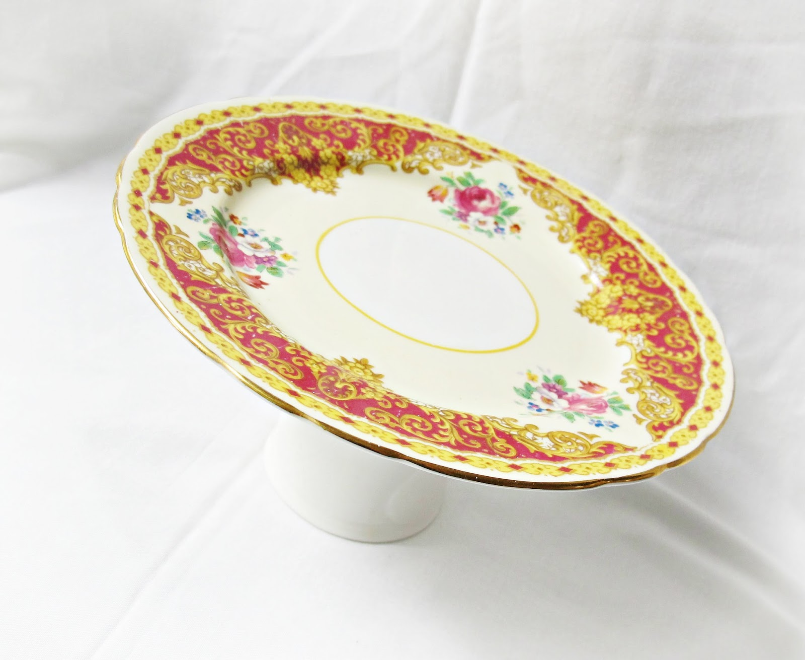 image cupcake stand aynsley vintage teaplate maroon burgundy yellow triangle gold floral domum vindemia