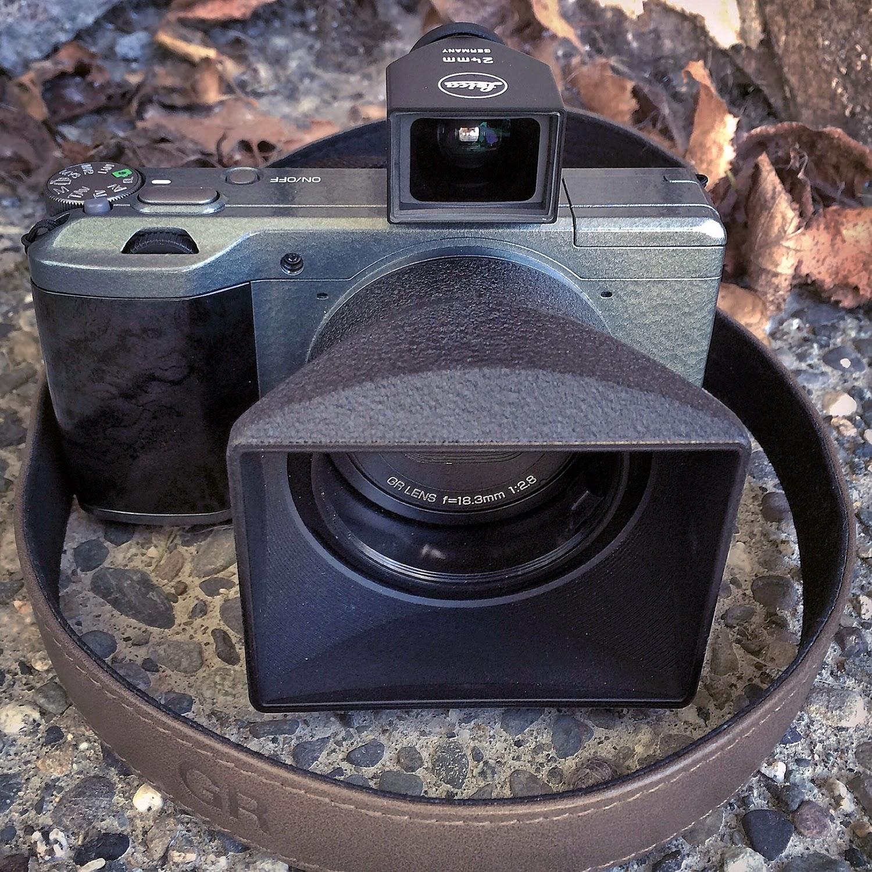 bigheadtaco com: Gear Review: Leica Brightline Finder M-24
