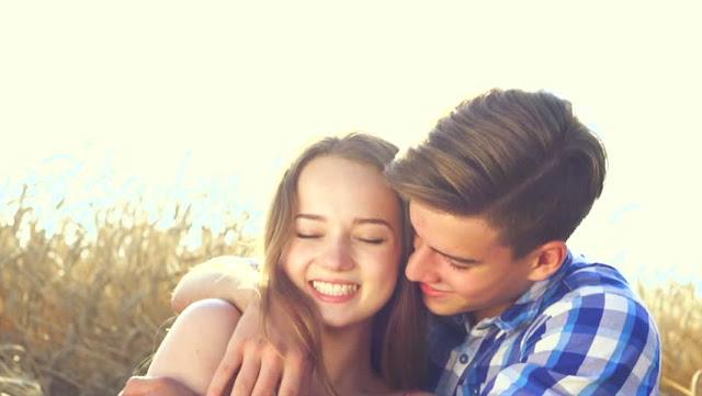 Bagaimana Mengetahui Jika Pasanganmu Benar Mencintaimu