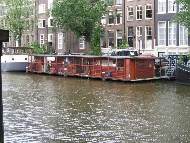 El barco de los gatos en Ámsterdam | Países Bajos