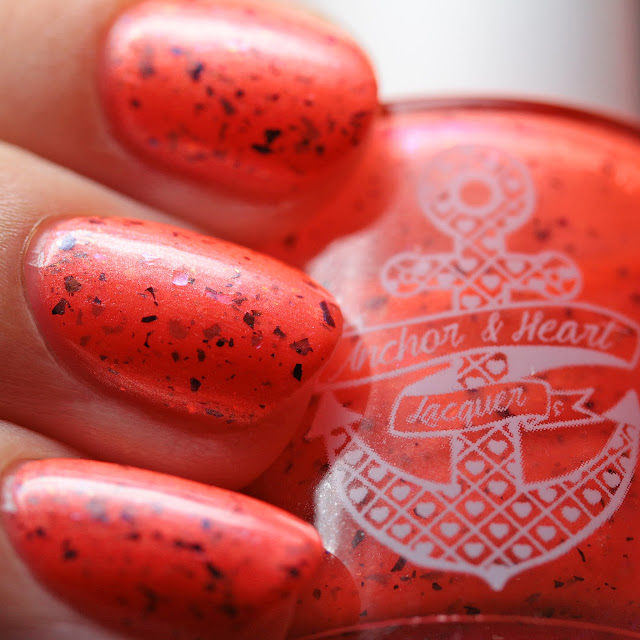 Anchor & Heart Lacquer Very A-Peeling