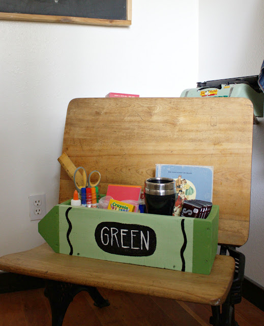 an easy back to school teacher gift made from pallet wood