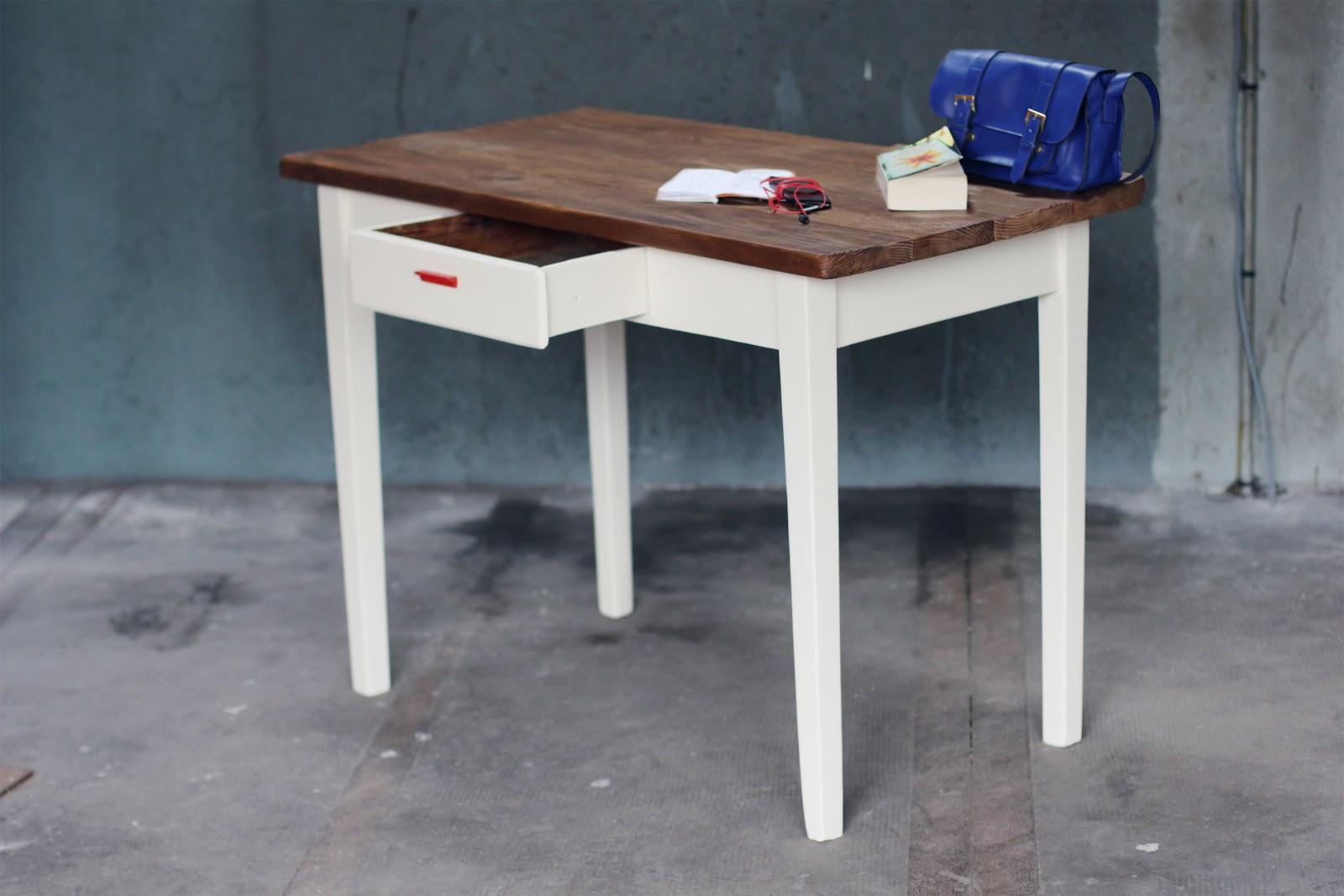 Bureau petite largeur mobilier vintage pour enfants chaises
