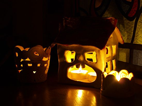 ceramiczny domek - świecznik