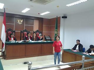 Rusna Tolak Dakwaan Jaksa Penuntut Dalam Kasus Perdagangan Orang ( Trafficking )