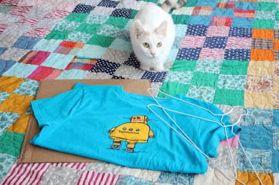 เต้นท์แมว งาน DIY เสื้อผ้าเก่าน่ารักๆ 2