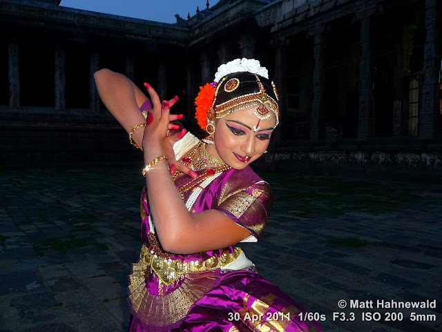 India, Tamil Nadu, Chidambaram, temple, temple dance, Thaniya Kanaka Mahalakshmi, Thillai Natarajah Temple, carnatic recital, bharathanatyam, dance pose, costume, performer, body language, eye movements, portrait, stylised gestures