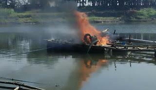 Peralatan Tambang Pasir Mekanik Dibakar Dalam Razia Gabungan Polres Bojonegoro