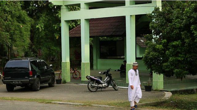 Saat mahasiwa menuntut sistem negara Islam diterapkan di Indonesia