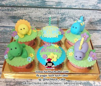 Cupcake Ulang Tahun Dinosaurus