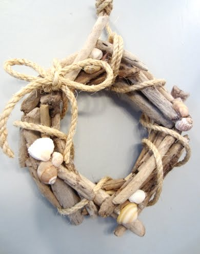 small diy drift wood wreath