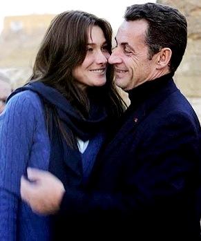 Foto de Nicolas Sarkozy muy juntito a su amor Carla Bruni