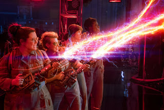 Melissa McCarthy Kristen Wiig Ghostbusters