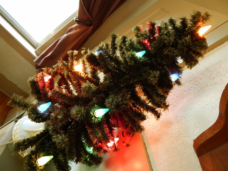 Saturdays Vintage Finds: Vintage Bubble Light Christmas Tree
