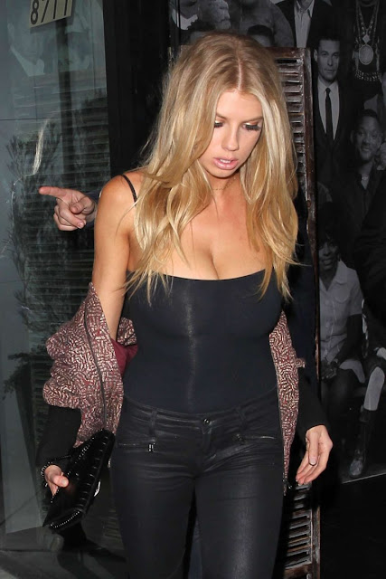 Charlotte McKinney – Leaving Catch Restaurant in LA