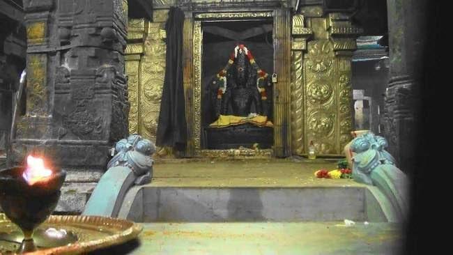 Lord Brahma's Shrine At Brahmapureeswarar Temple