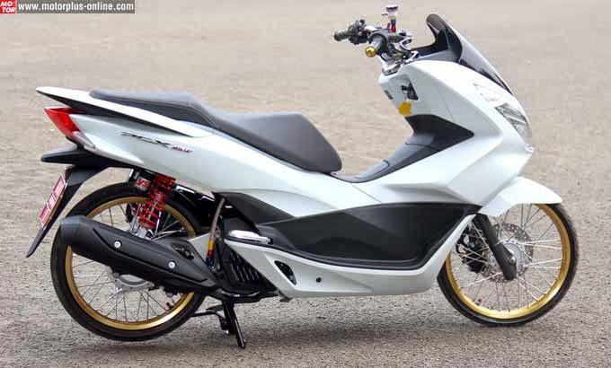 Memodifikasi honda PCX memang kerjaan yang asyik dan menyenangkan Modifikasi Honda New PCX 150 Keren