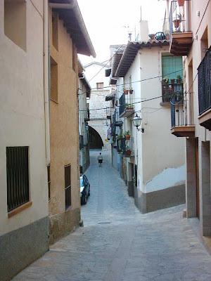 Al fondo la lonja, izquierda esquina, vírgen del Pilar