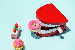 Cara menghilangkan gigi kuning secara Alami,AMPUH!