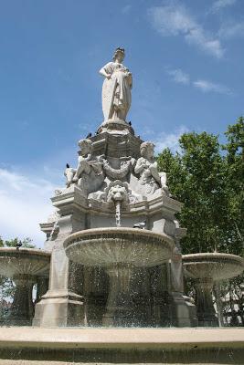 fontaine place lyautey - visite guidée de Lyon - Nicolas Bruno Jacquet