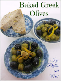 BAKED GREEN AND BLACK OLIVES