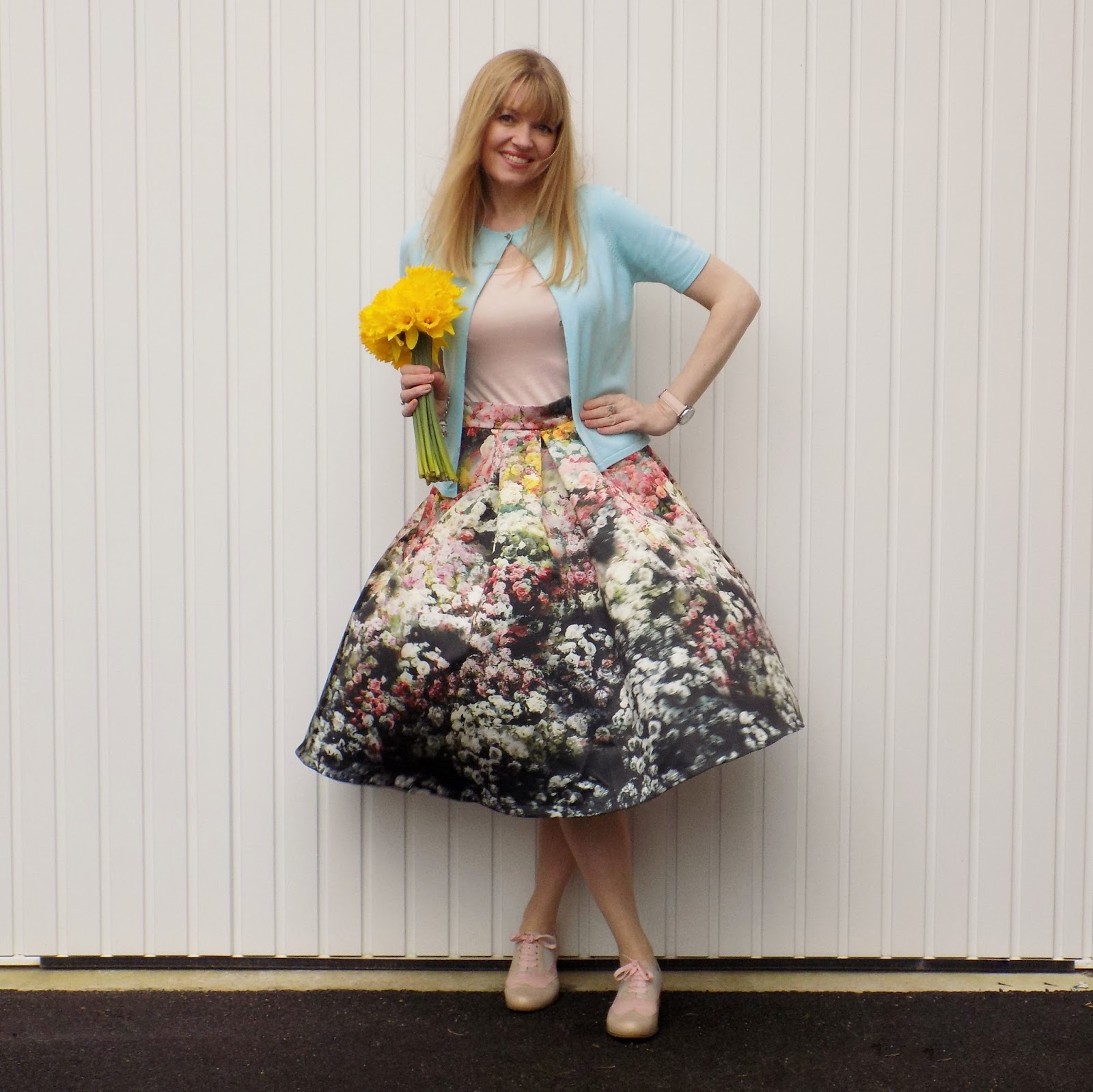 Floral midi skirt and pink brogues