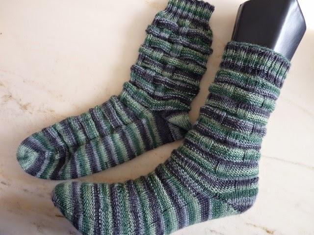 Mrsneedles Strickzeug Flechtmuster Socken Und Nochmal Stulpen