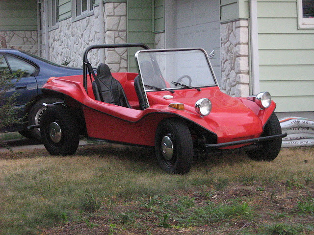 Front 3/4 view of 1960s-era Dune Buggy