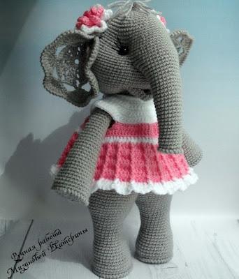 Вязаная игрушка слон амигуруми