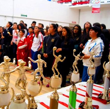 Teotihuacan en l nea celebran olimpiadas municipales en for Viveros en toluca