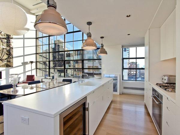 Hogares frescos espectacular tico duplex en nueva york desafiando el paisaje urbano - Hotel avec cuisine new york ...