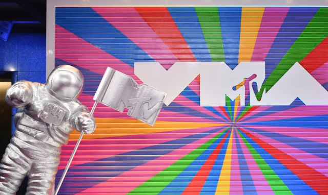 MTV's +1thevote: 'This isn't your father's Rock the Vote campaign'