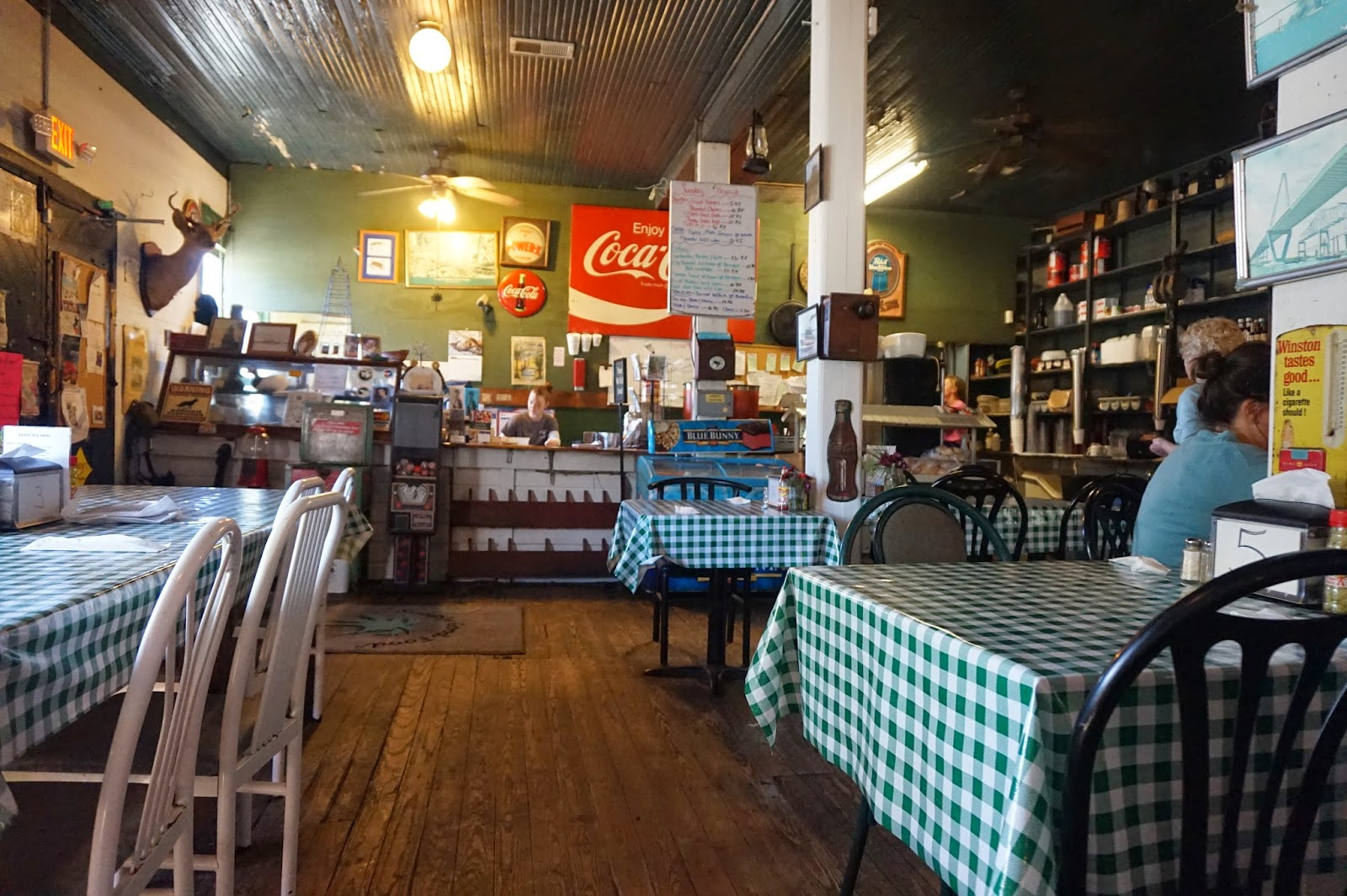 Sewee Restaurant, Awendaw, South Carolina | CosmosMariners.com