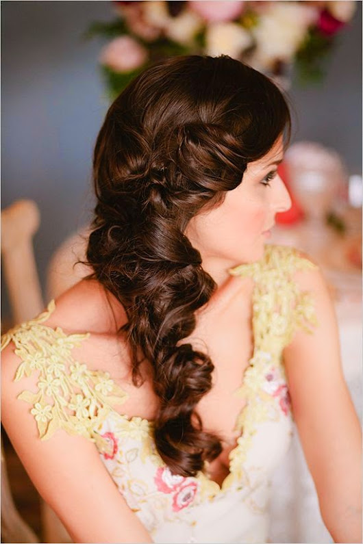 Curly Wedding Hairstyles Awesome Makeups Gallery Amazing Hair Styles Unique Makeup Makeup Lessons Beauty And Makeup
