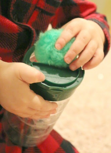 simple Toddler Fine Motor skills activity